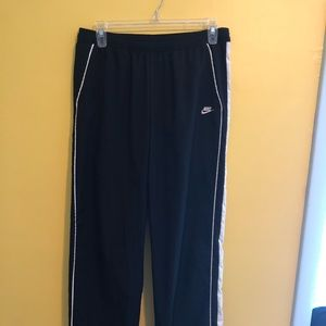 Nike small sweatpants.
